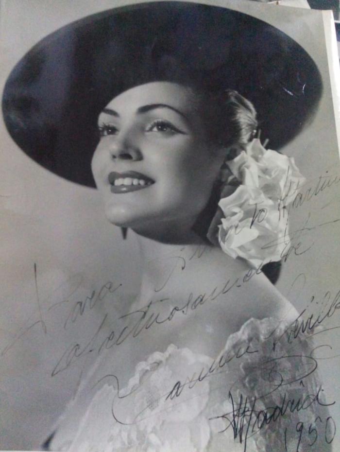 Fotografía dedicada de Carmen Sevilla a mi tío abuelo Alberto Laureano Martínez
